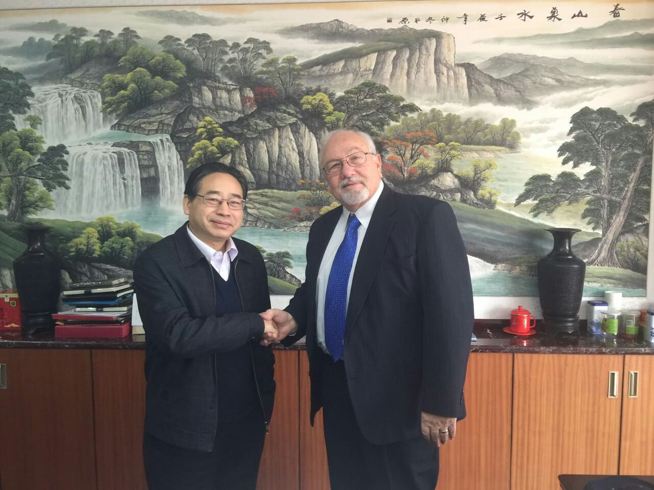 1/22/2016 Jim Savley, President of Small World, met with old friend Director Jaung of the CCCWA Small World has increased in every area of it's partnership with China's Adoption programs and is moving forward with Bold new initiatives to the delight of CCCWA